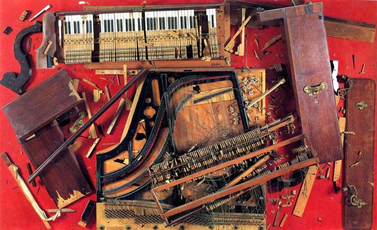 arman-chopins-waterloo-1961-pezzi-di-pianoforte-fissati-su-un-pannello-di-legno-1